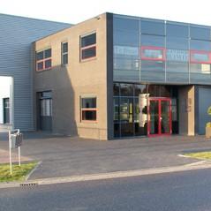 Contact over opslagruimte Pakhuys 35. Het pand aan de Morgenstond 35 in Heeswijk-Dinther